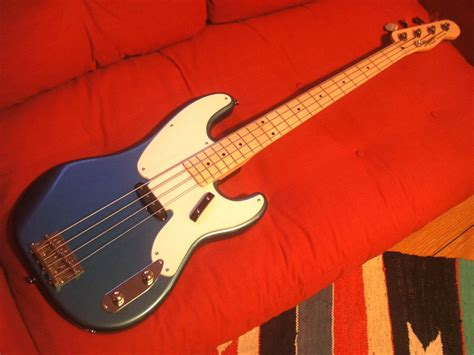 Play Design This Home Online Free Squier Classic Vibe Precision Bass 50s Image 143104