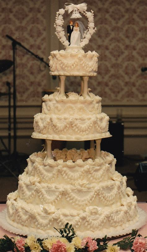 Wedding Bakery by Haegele S Bakery Philadelphia German Bakery Weddings
