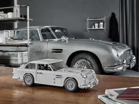 lego aston martin the official lego bond aston martin db5 looks fantastic