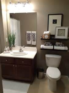 1000 ideas about small bathroom decorating on pinterest bathroom small bathroom decorating ideas on tight budget