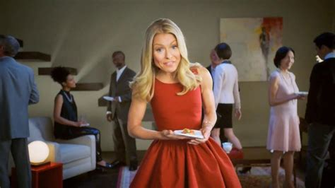 kelly ripa colgate commercial colgate total adavanced mouthwash tv commercial beach