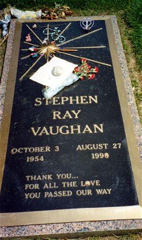 stevie ray vaughan grave laurelland cemetery oak cliff favorite places texas pinterest