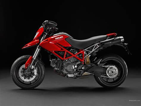 Ducati Hypermotard by Amazing Photo Ducati Hypermotard 796