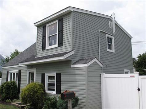 Half Dormer Levittown Ny Partial Front And Rear Dormer