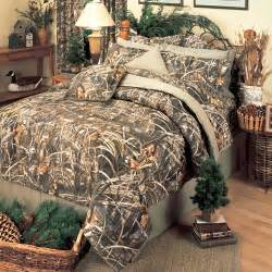 Camouflage Bedding Queen Shop Realtree Max 4 Camo Comforters The Home Decorating
