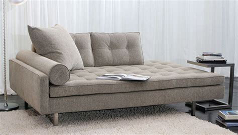 Lounge sofa: choose leather for longer durability TCG