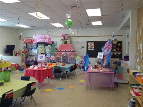 Candyland Classroom Decorations by Land Classroom Bulletin Board Door