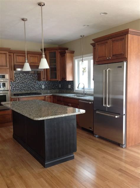 Glazed Maple Kitchen Cabinets Maple Glazed Kitchen Cabinets With Black Painted Island