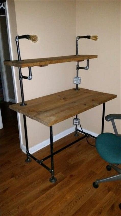 Pipe Desk Diy 25 Best Ideas About Pipe Desk On Industrial Desk Industrial Pipe Desk And Pipe Table