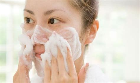 How To Detox Your Skin by Balm Cloth Or How To Choose The Right