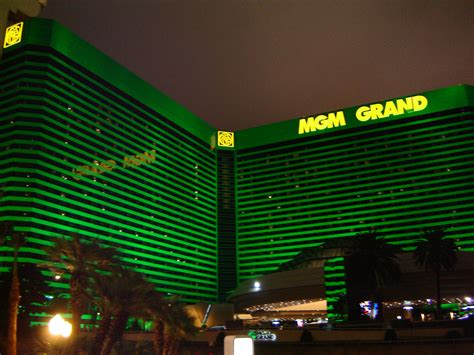 las vegas the grand the the casinos the mob the books mgm grand in las vegas las vegas free compslas vegas