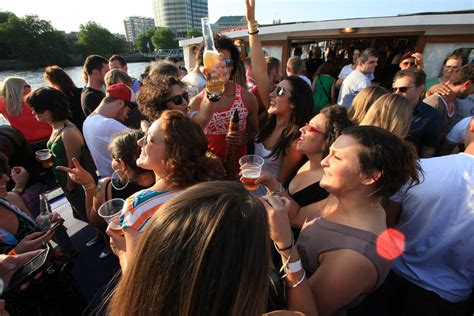 party boat hire reading golden jubilee party boat central london london