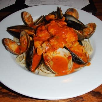 chatham house restaurant chatham house restaurant 36 photos 30 reviews seafood 4331 n ocean dr