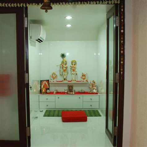 facing of god in pooja room ifairer astrology vastu tips for pooja room