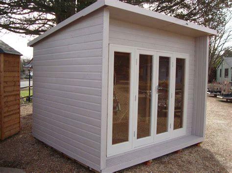 windsor mb garden building