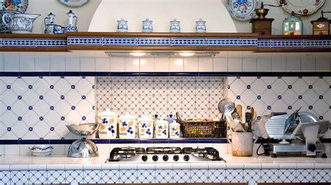 ceramica di vietri piastrelle piastrelle ceramica monoporosa de maio cermica