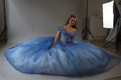 """Detalles sobre la confección del vestido de Cenicienta: """"El más impresionante"""" para los"""