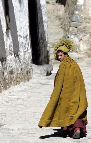 Pedro Monk tashilumpo monastery tibet photo by pedro saraiva