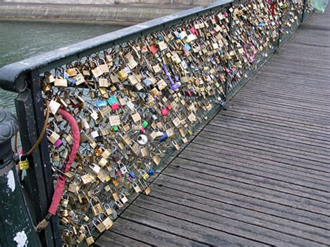 meaning of cadenas in english bridge locks pont des arts paris the padlocks of