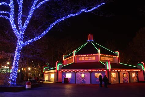 kennywood shines with 1 million holiday lights pmweekend