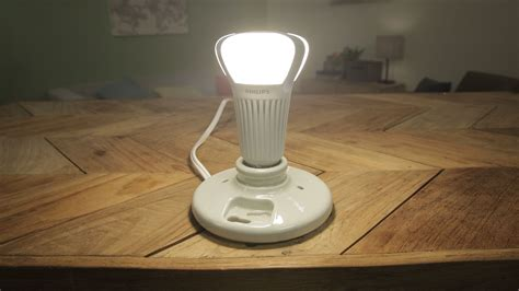 Lu Led Philips 2014 the philips 100w equivalent led is bright for a few bucks cnet