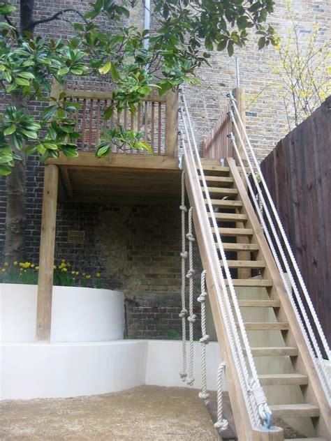 Garden Trellis Images Garden With Wooden Platform Simon Scott Landscaping