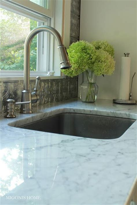 the floor kitchen sinks and alternative on