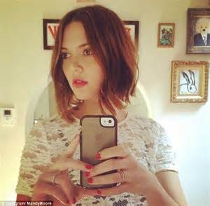 Mandy moore turned to stylist gregory russell for a shorter more