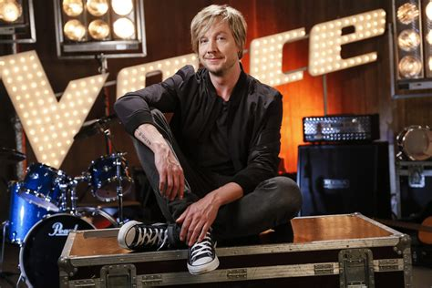 the voice of germany stuhl quot h 252 hnerhaut quot comeback samu haber kehrt 2016 auf den quot the