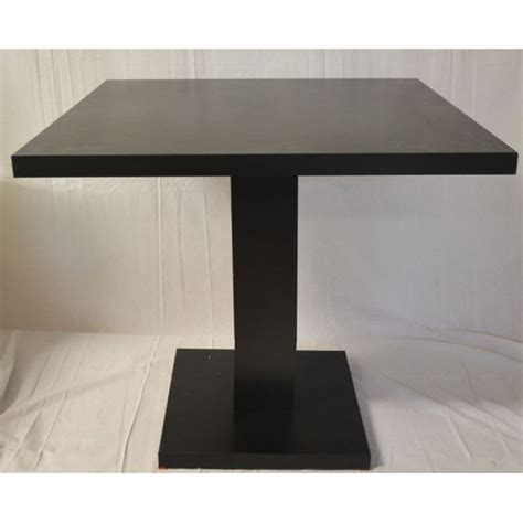 tavoli quadrati tavoli quadrati arredamento locali contract