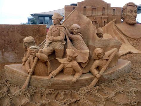 amazing sculptures best sand sculptures amazing art works photos pcb