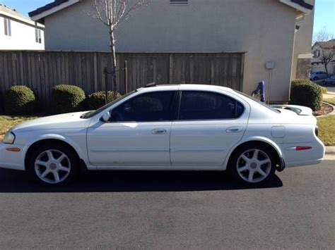 white nissan maxima 2000 nissan model maxima year 2000 exterior color