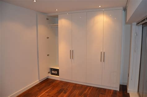 Fitted Wardrobe Doors by High Gloss Finish