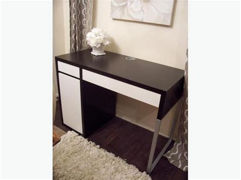 Ikea Black And White Computer Desk In Great Condition Ikea Black And White Desk