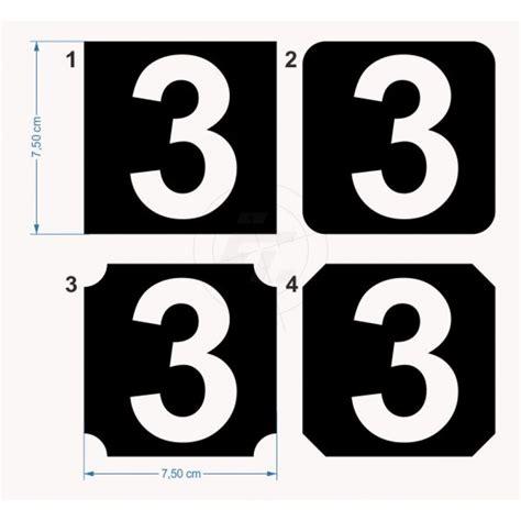Aufkleber Zahlen by Quadratische Zahlenaufkleber Mit Ausgestanzter Ziffer
