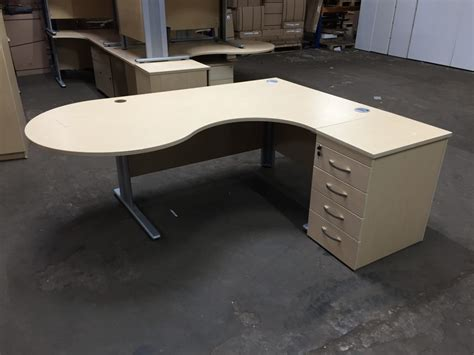 Office Desks Glasgow Managers Desks New Used Office Furniture Glasgow Scotland