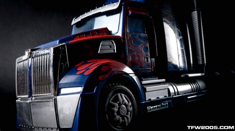 Track Racing Transformer Truck Optimus Prime Transformers