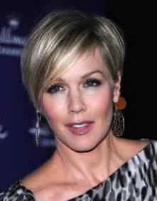 the ear haircuts for 50 50 perfect short hairstyles for older women fave hairstyles