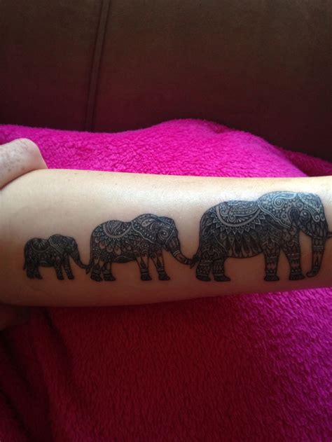 3 elephant tattoo 25 best ideas about elephant family on
