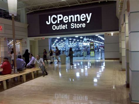 file potomac mills jcpenney outlet mall entrance jpg