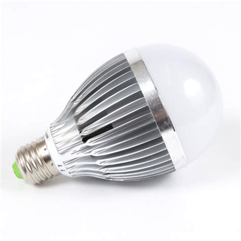 Lu Led E27 9w led b22 e27 cool white gls l