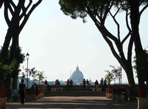 roma giardino degli aranci priorato di malta il mondo dal buco della serratura zon