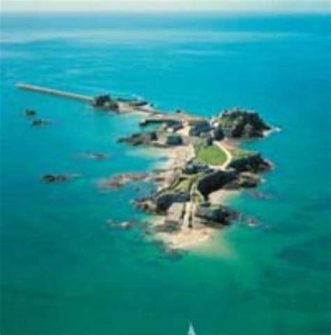 tattoo prices jersey channel islands elizabeth castle saint h 233 lier les avis sur elizabeth