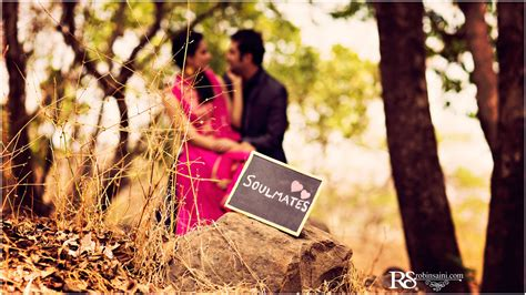 pre wedding photography props and fantastic props couples can add to their pre