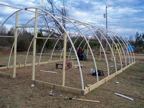 best 25 build a greenhouse ideas on pinterest diy how to build a greenhouse with pvc