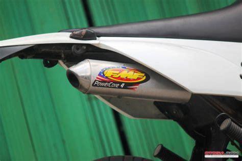 Lu Sein Depan Kanan Kawasaki Klx 150 modif kawasaki klx150 si putih berkaki besar otosia