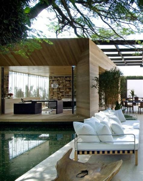 wooden bungalow prefab house  highly modern wood