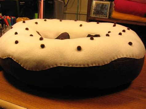 donut couch donut sofa wtf pinterest