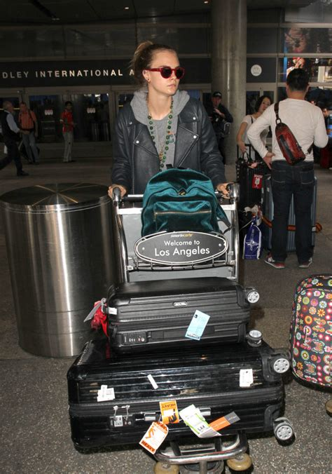 rimowa traveling     cool   adore