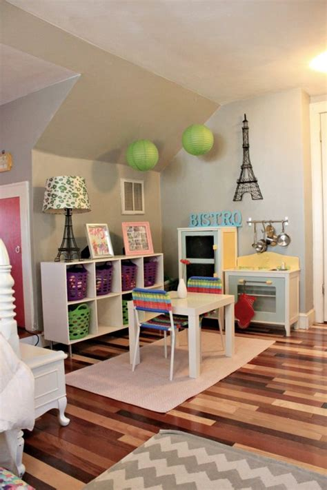 Play For The Bedroom by Shared Bedroom Big Enough For Le Play Space For